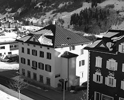 Dreifamilien-Herrschaftshaus