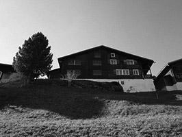 Haushälfte mit zwei Wohnungen in Mompé Medel